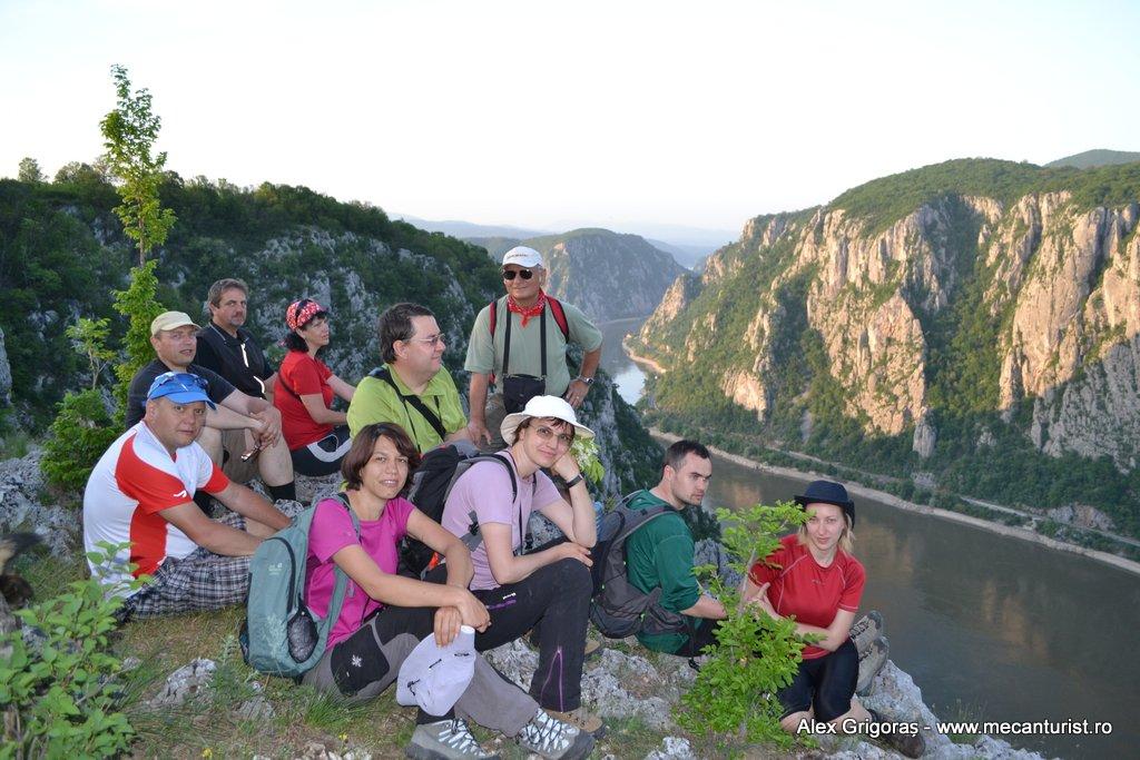 Primăvara bănățeană (2) – Unde curge-n vale un râu măricel