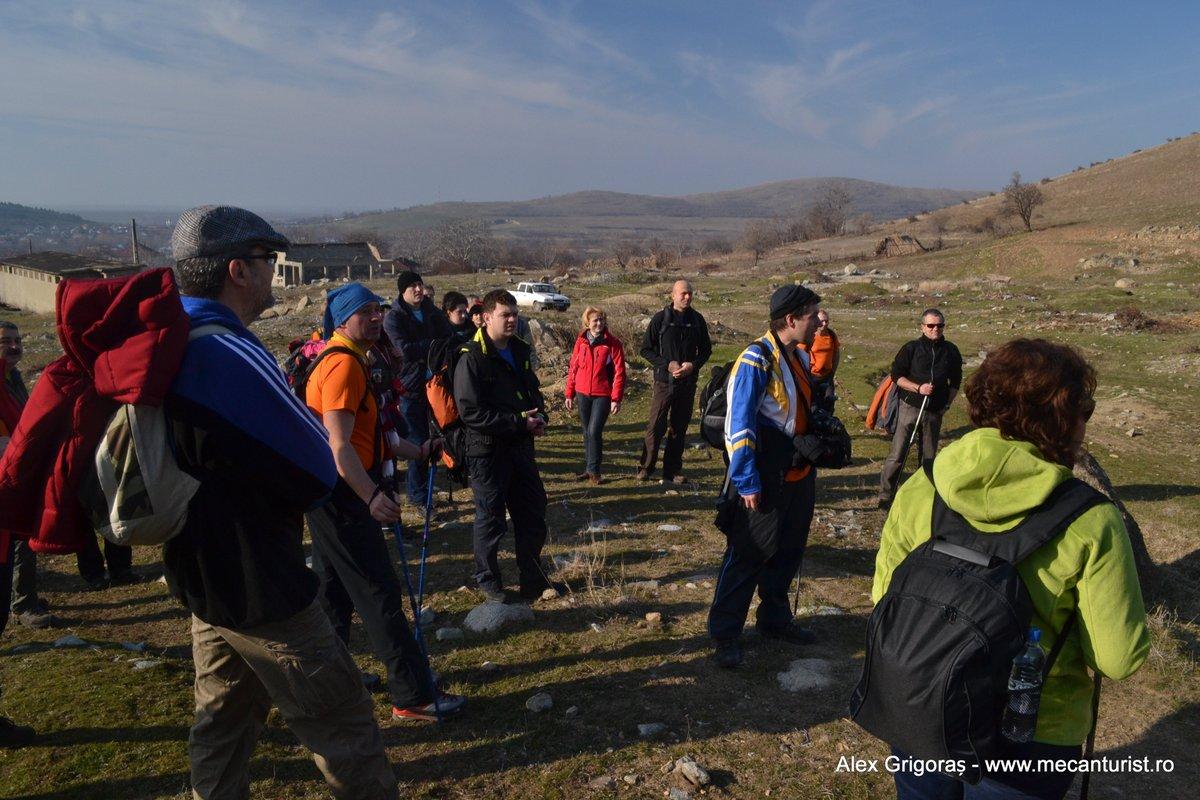 Activitate instructivă privind marcajele pe munte