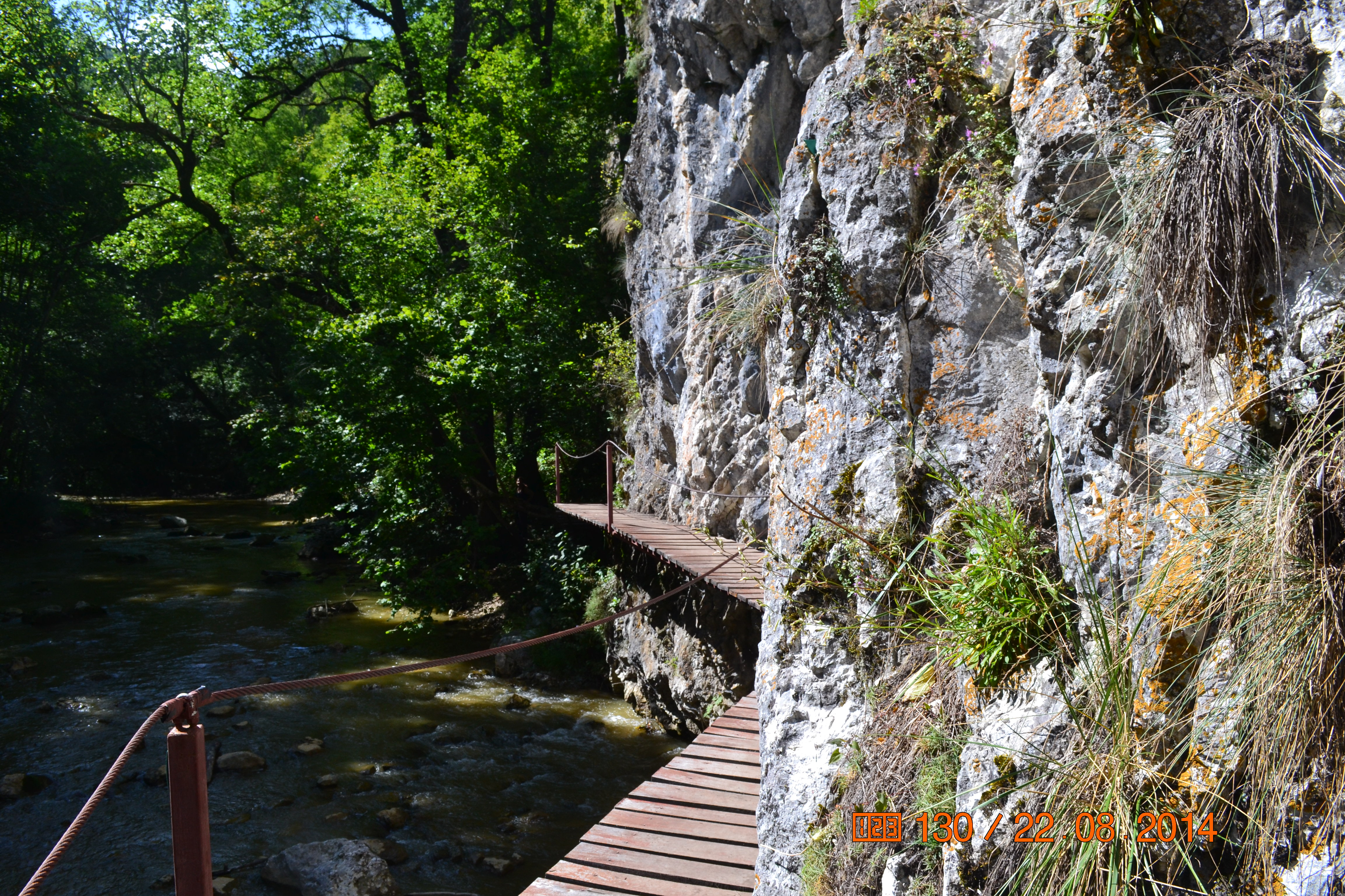 Cheile Vârghișului, un loc mai mult decât surprinzător!  (Vargyas-szoros)