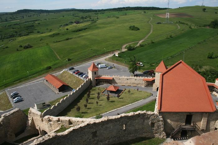 Ţara de dincolo de munte (2): biserici fortificate din Transilvania