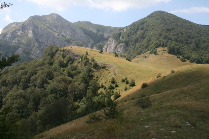 Munţii Cernei: Traversarea Muntelui Arjana