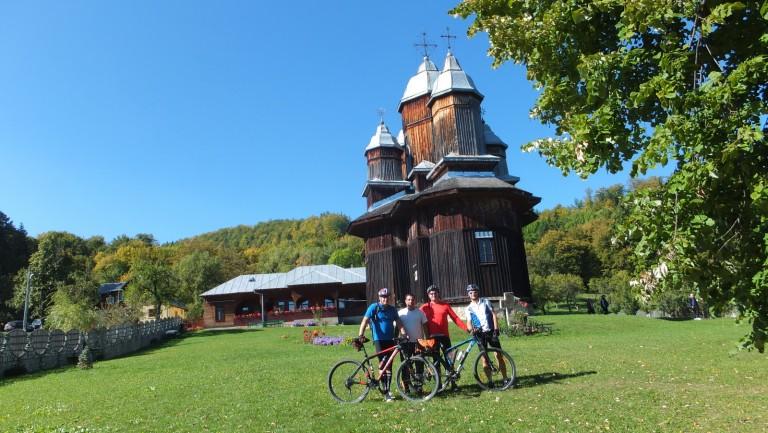 """RT """"Cu bicicleta pe la Lacurile și plaiurile Bisocei"""""""
